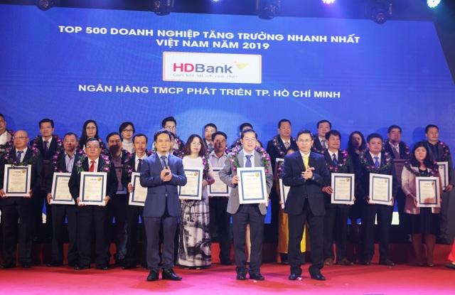 HDBank lọt Top 5 Ngân hàng có tốc độ tăng trưởng nhanh nhất năm 2019 - 2