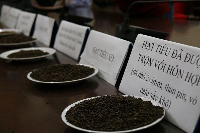 Vụ trộn tạp chất cà phê vào hồ tiêu ở Đắk Nông: Nhiều bị cáo kêu oan - 2