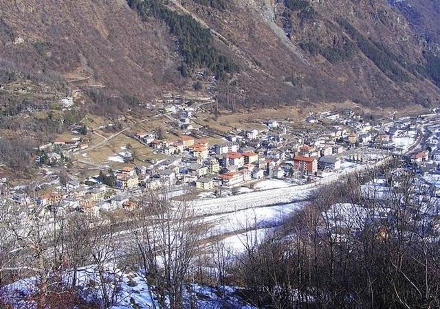Tặng hơn 235 triệu đồng nếu chuyển đến ngôi làng này sinh sống - 1