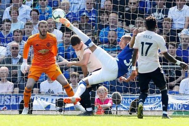 Những khoảnh khắc tan nát của Man Utd trước sức mạnh của Everton - 4