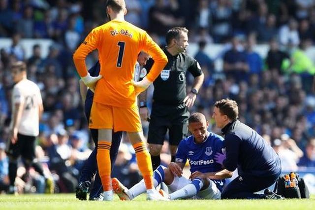 Những khoảnh khắc tan nát của Man Utd trước sức mạnh của Everton - 14