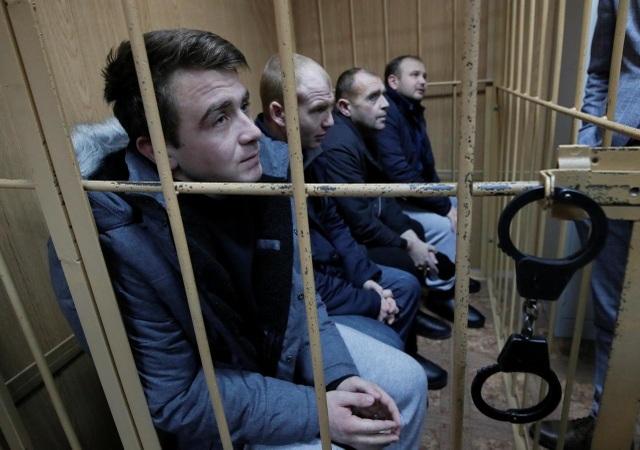 Nga lên tiếng về số phận 24 thủy thủ Ukraine bị bắt giữ - 1