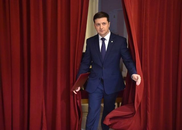 Tổng thống tương lai của Ukraine: Từ phim trường đến chính trường - 3