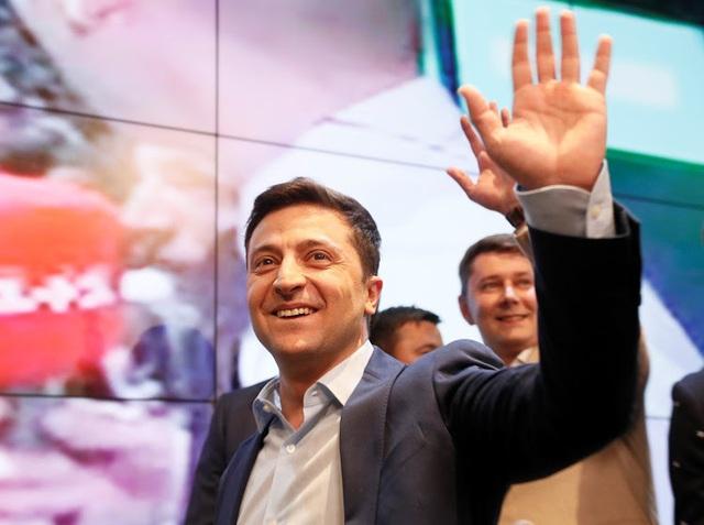 Phản ứng của Nga khi diễn viên hài thắng cử tổng thống Ukraine - 1