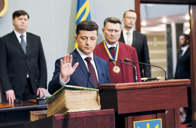 Chuyện đời như phim của diễn viên hài thắng cử tổng thống Ukraine - 5
