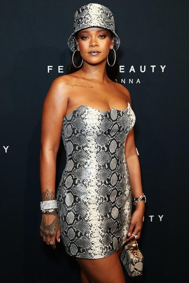 Rihanna quyến rũ trên tạp chí Vogue - 8