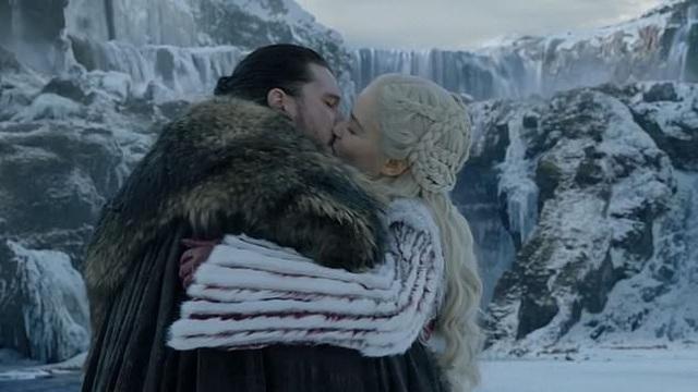 """Nụ hôn với """"người đẹp gợi cảm nhất màn ảnh nhỏ"""" không... dễ chịu - 1"""