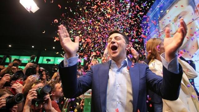 Chuyện đời như phim của diễn viên hài thắng cử tổng thống Ukraine - 4