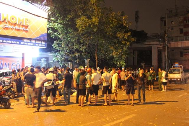 """Hiện trường tan hoang vụ """"xe điên"""" tông hàng loạt người và phương tiện trên phố Hà Nội - 8"""