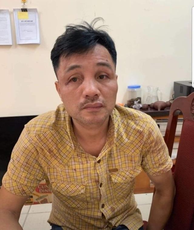 """Tạm giữ khẩn cấp tài xế """"xe điên"""" tông 10 người và phương tiện trên phố Hà Nội - 1"""