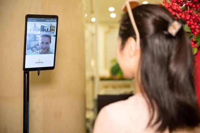 """Đua nhau """"check in"""" tại khách sạn áp dụng công nghệ nhận dạng đầu tiên tại Việt Nam - 4"""