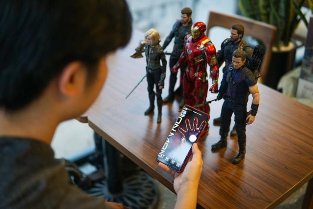 Muôn kiểu chào đón Avengers: Endgame của fan Marvel khắp thế giới - 4