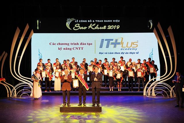 ITPlus Academy đoạt Danh hiệu Sao Khuê 2019  – Khẳng định sự phát triển không ngừng - 1