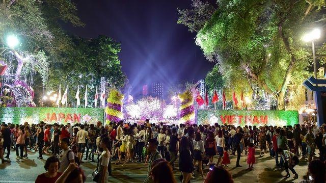 AIC Group xác lập kỷ lục Guiness Việt Nam với Lễ hội Hoa Anh Đào 2019 - 4