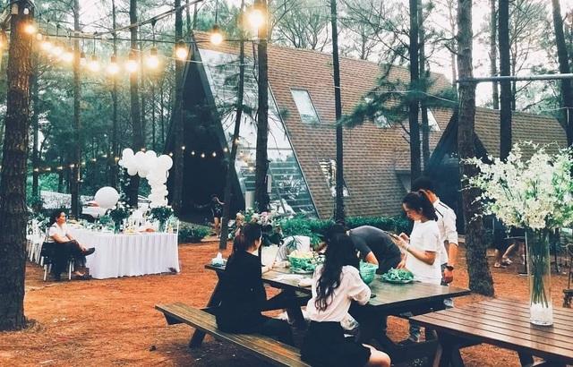 Sinh nhật lãng mạn giữa rừng thông Ba Vì đẹp như mơ của thành viên nhóm Doremi - 8