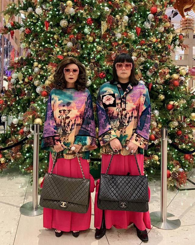 """Thái Lan: Cặp mẹ con nổi tiếng vì diện đồ đôi trên một """"tầm cao"""" mới - 5"""