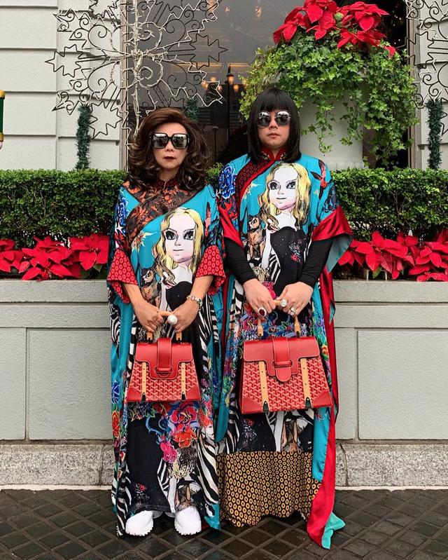 """Thái Lan: Cặp mẹ con nổi tiếng vì diện đồ đôi trên một """"tầm cao"""" mới - 3"""
