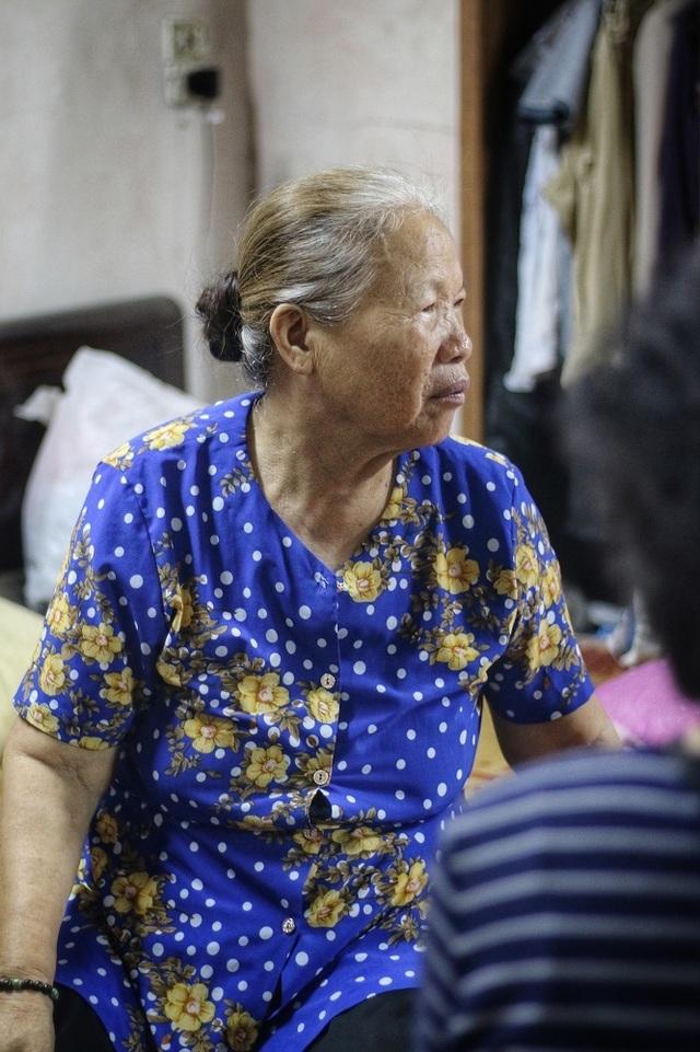 """Lời kể đẫm nước mắt của con trai nữ lao công bị """"xe điên"""" đâm tử vong ở Hà Nội - 11"""