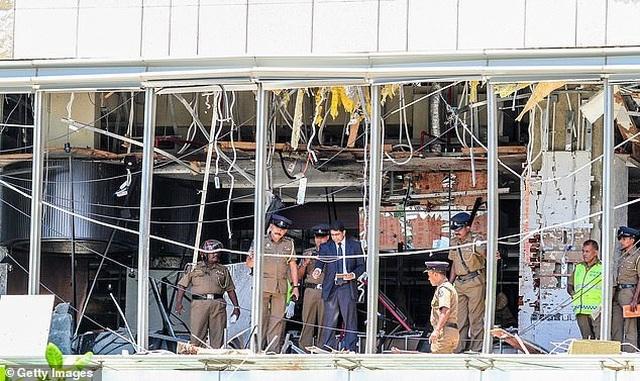 Tiếp tục rò rỉ hình ảnh kẻ đánh bom khiến 320 người chết tại Sri Lanka - 2