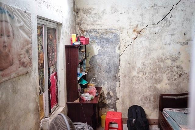 """Lời kể đẫm nước mắt của con trai nữ lao công bị """"xe điên"""" đâm tử vong ở Hà Nội - 4"""