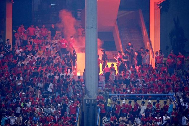 Sân Hàng Đẫy bị treo, CLB Hải Phòng chỉ bị phạt tiền - 1