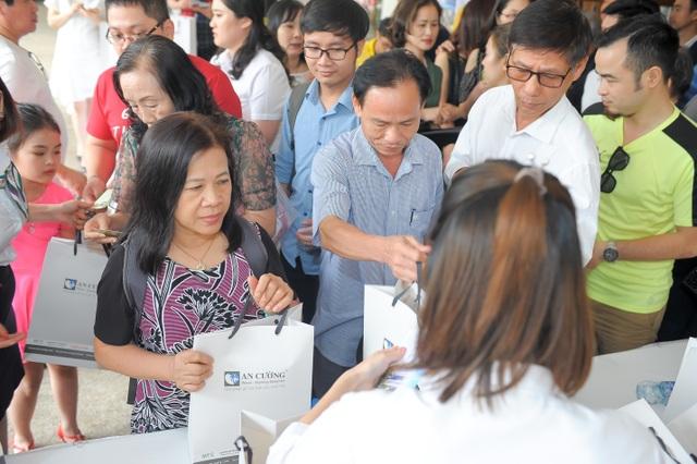 Gần 400 khách hàng dự lễ tri ân dự án Green Pearl 378 Minh Khai - 5