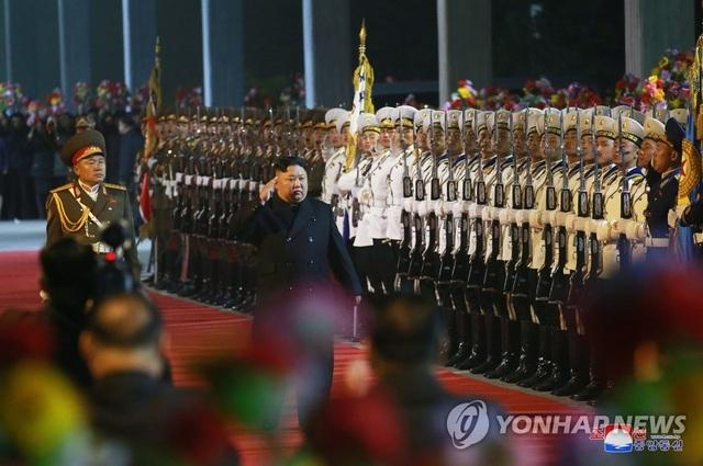 Ông Kim Jong-un lên tàu bọc thép tới Nga họp thượng đỉnh với ông Putin - 2
