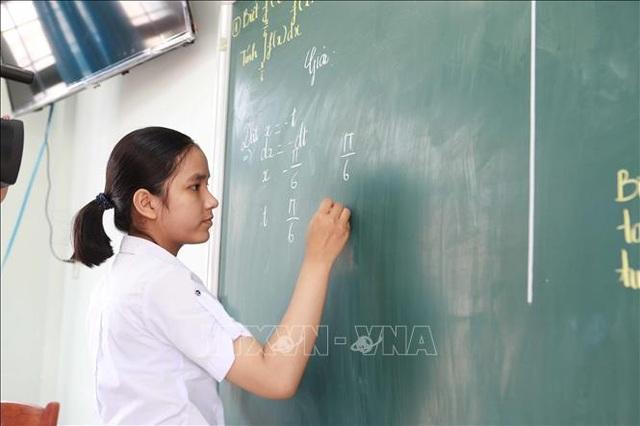 """Nữ sinh của ngôi trường """"nhà quê"""" giành giải Vàng Olympic Toán học - 1"""