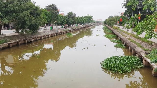 Ninh Bình: Dự án nạo vét sông 10 năm vẫn dở dang, chưa bàn giao đã xuống cấp! - 1
