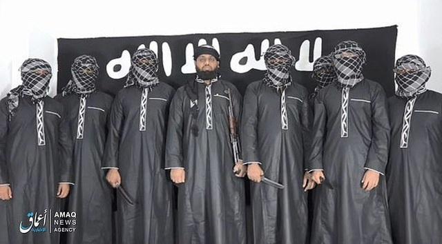 Tiếp tục rò rỉ hình ảnh kẻ đánh bom khiến 320 người chết tại Sri Lanka - 3