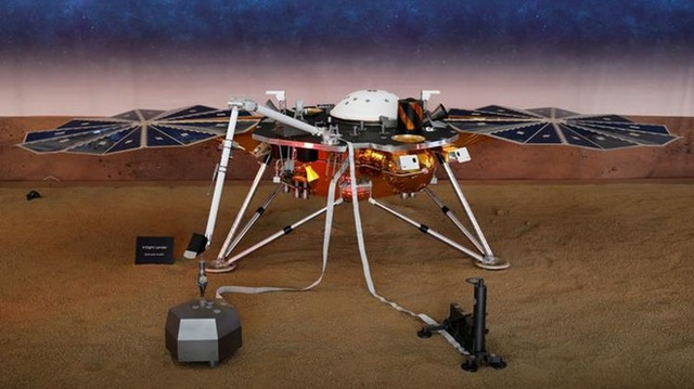 Lần đầu tiên NASA ghi được tín hiệu động đất trên sao Hỏa - 1
