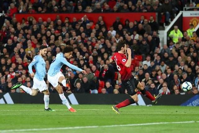 Man Utd 0-2 Man City: Chiến thắng của đẳng cấp - 4
