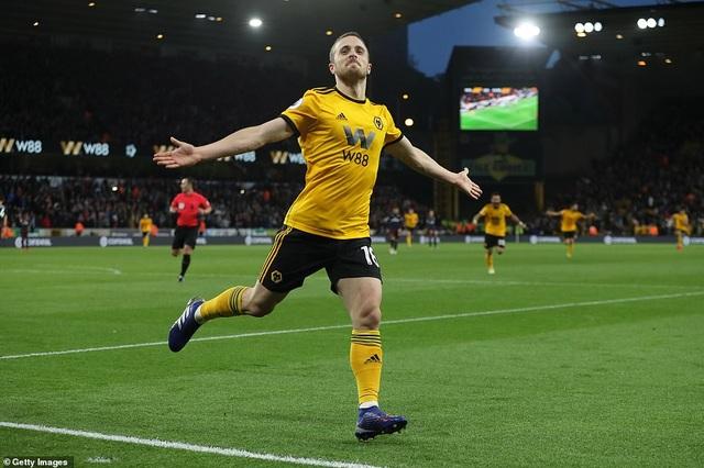 """Wolves 3-1 Arsenal: """"Pháo thủ"""" nhanh chóng bị """"thổi bay"""" - 3"""