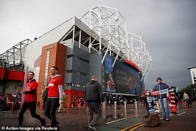 Man Utd 0-2 Man City: Chiến thắng của đẳng cấp - 20