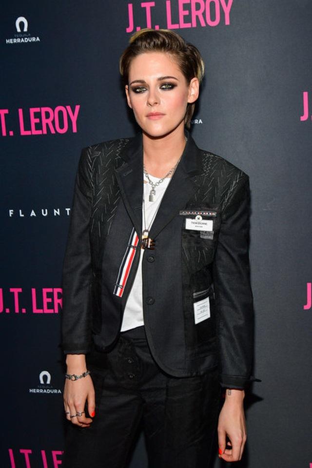 Kristen Stewart chuẩn men dự sự kiện - 4