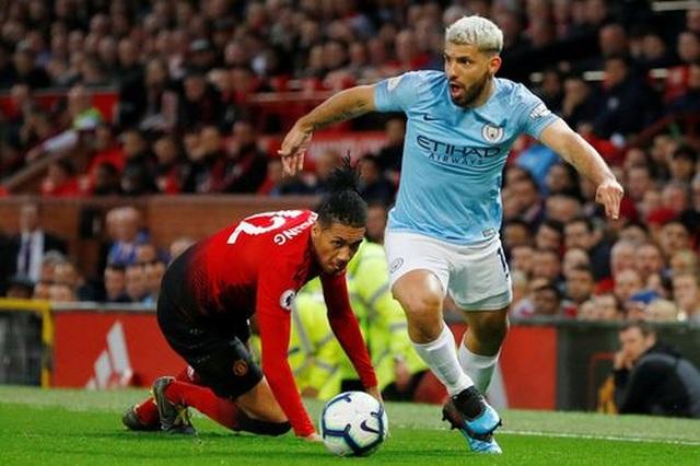 Man Utd 0-2 Man City: Chiến thắng của đẳng cấp - 9