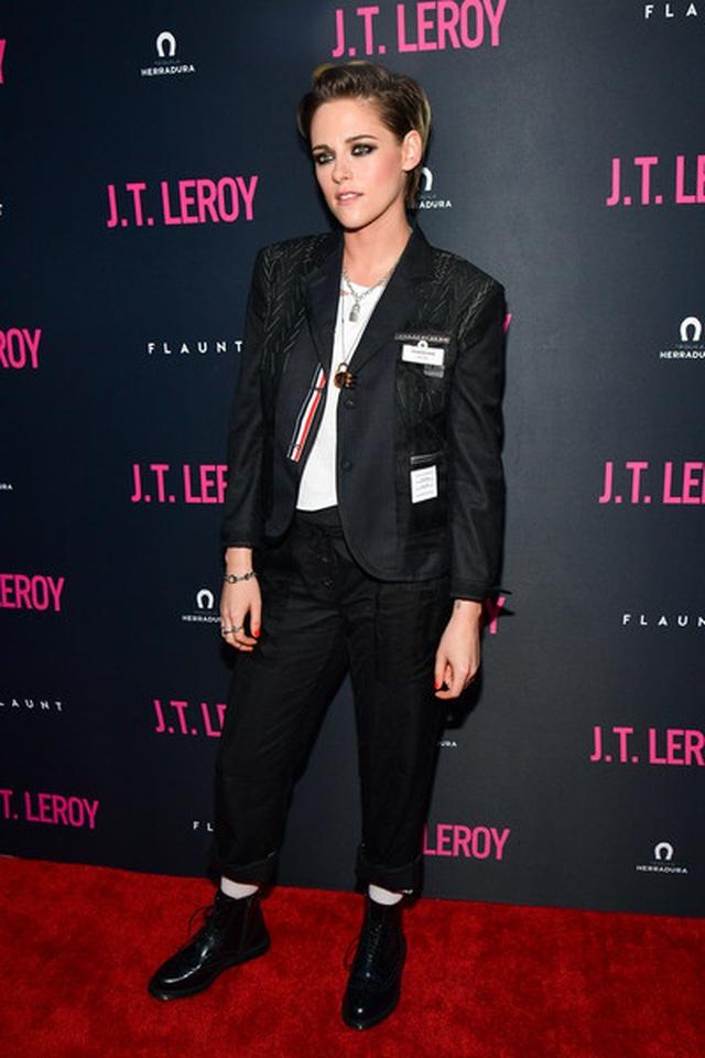 Kristen Stewart chuẩn men dự sự kiện - 3