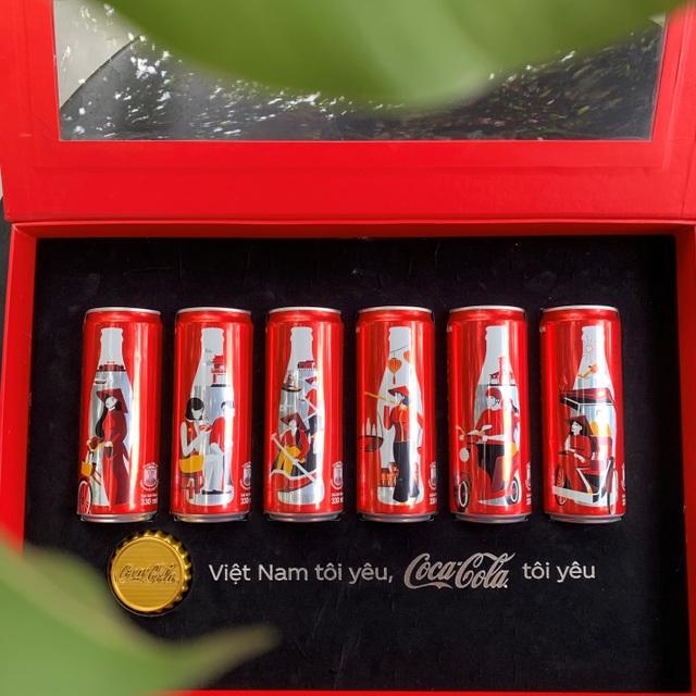 Coca-Cola ra mắt bộ 6 lon phiên bản đặc biệt in hình áo dài, gánh hàng rong Việt - 2