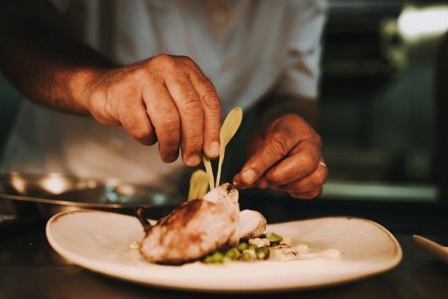 Nói đến Michelin John-Burton là nói đến đỉnh cao ẩm thực! - 1
