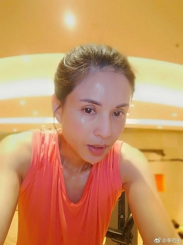 Nhan sắc nóng bỏng của Tiểu Long Nữ Lý Nhược Đồng ở tuổi 45 - 27