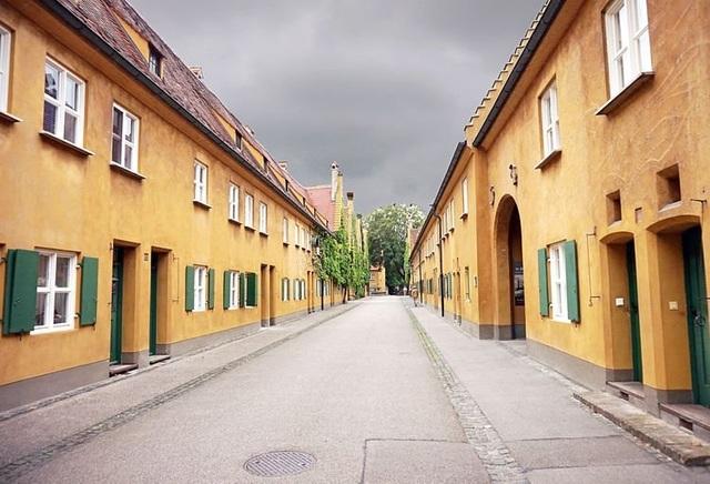 Kỳ lạ khu nhà nơi giữ nguyên giá thuê trong suốt 500 năm - 1 năm trả 1 đô la Mỹ