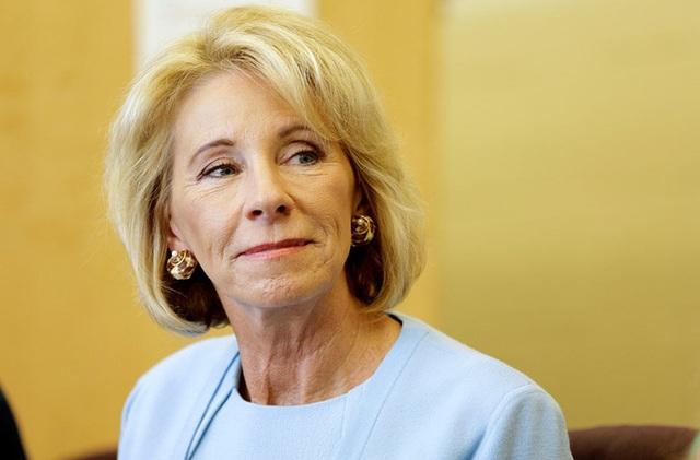 Quan chức trong nội các Tổng thống Donald Trump học ở trường ĐH danh tiếng nào? - 14