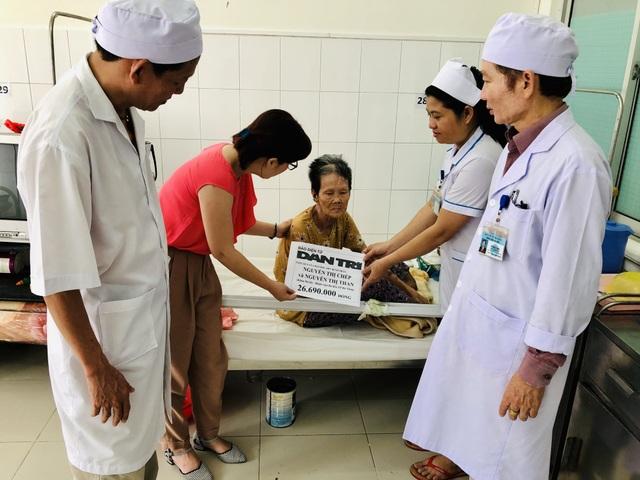 Bạn đọc Dân trí giúp cụ bà xin sống đến cuối đời ở bệnh viện hơn 26 triệu đồng - 2