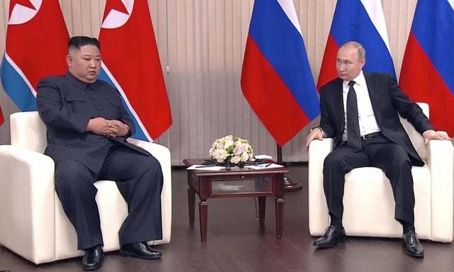 Ông Putin lần đầu gặp ông Kim Jong-un, ủng hộ Triều Tiên bình thường hóa quan hệ với Mỹ - 3