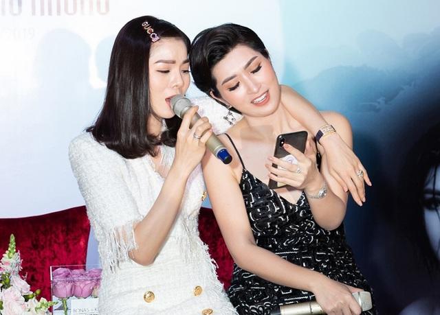 """Lệ Quyên tiết lộ tình bạn """"hơn cả tình yêu"""" với Nguyễn Hồng Nhung - 8"""
