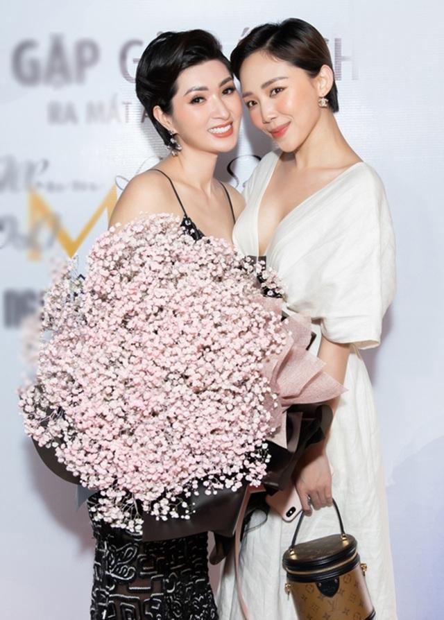 """Lệ Quyên tiết lộ tình bạn """"hơn cả tình yêu"""" với Nguyễn Hồng Nhung - 4"""