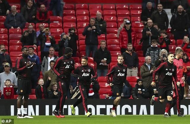 Man Utd 0-2 Man City: Chiến thắng của đẳng cấp - 16