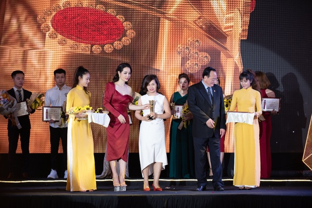 Viện Thẩm mỹ Quốc Tế Dr.Hana vinh dự nhận giải thưởng uy tín năm 2019 - 1