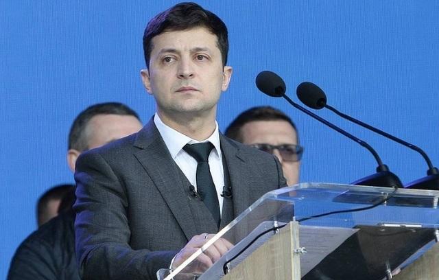 Tổng thống đắc cử Ukraine kêu gọi quốc tế gia tăng trừng phạt Nga - 1