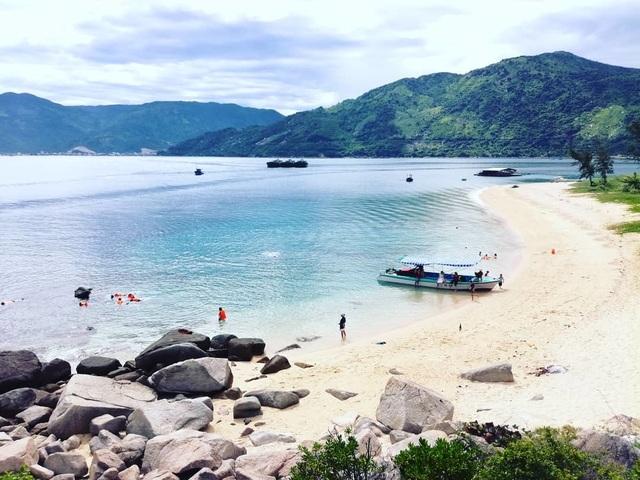 """Đảo Hòn Nưa – """"thiên đường ngủ quên"""" ở Phú Yên nhất định phải đến một lần trong đời - 1"""